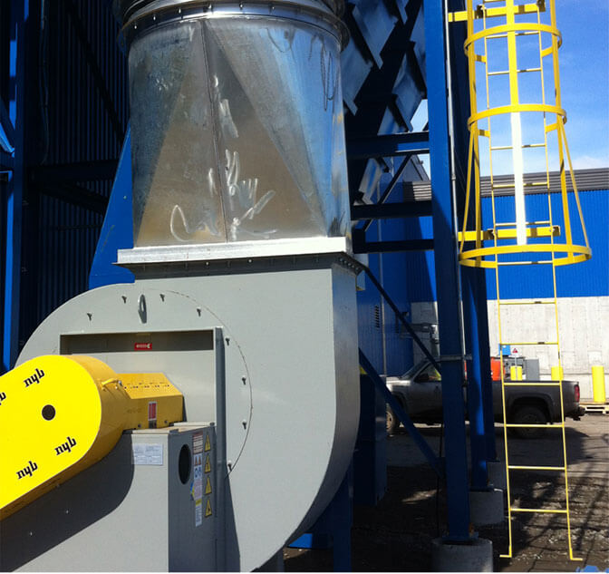Commercial and industrial dust collectors